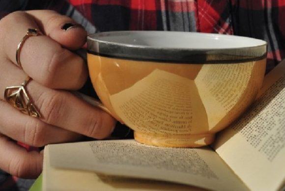 """""""Parolefuoridailibri""""; un tè con gli scrittori."""